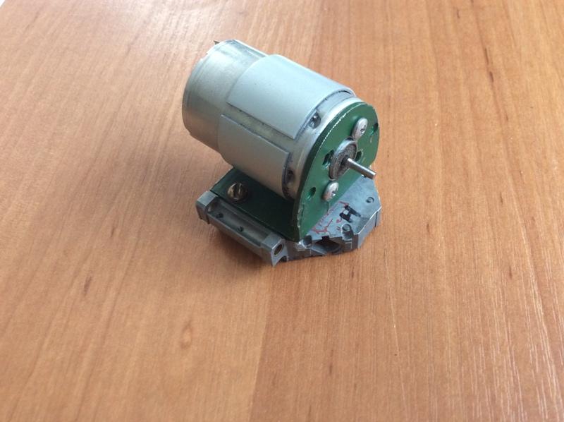 электродвигатель Canon на каретке