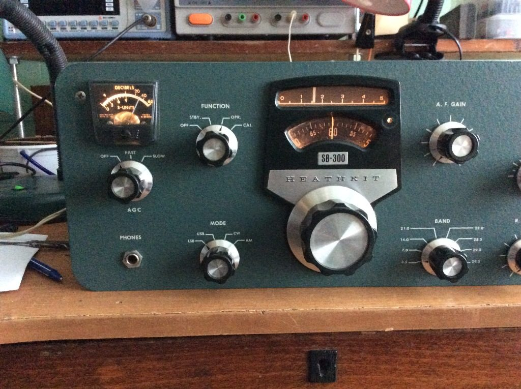Heathkit SB-300.