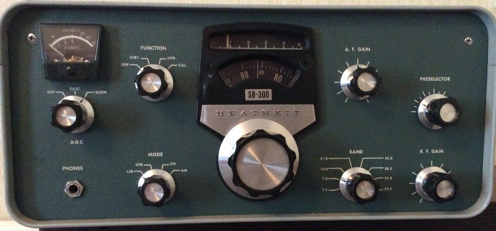 ламповый радиоприемник Heathkit SB-300